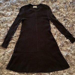 Aritzia Dresses - Aritzia Babaton wool blend size XS C1